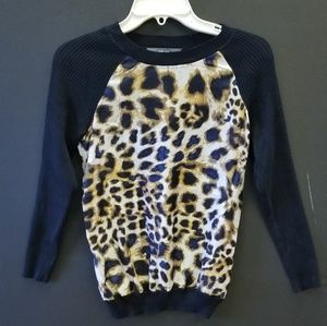 Lepord print sweater with black sleeves